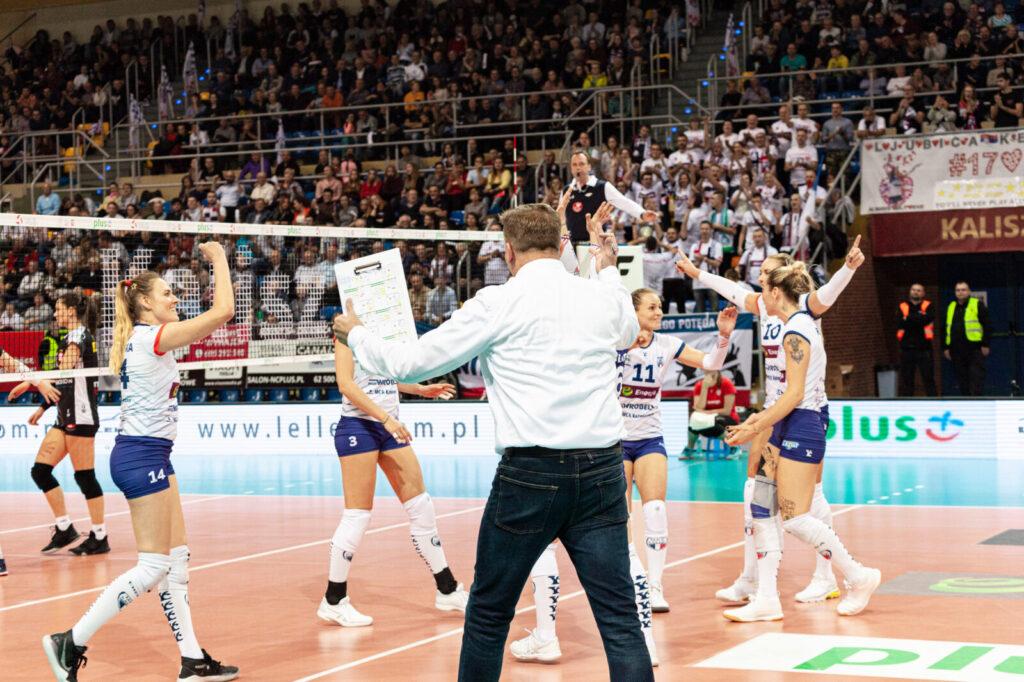 Radość po zdobyciu punktu w meczu Energa MKS Kalisz - ŁKS Commercecon Łódź